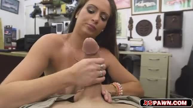 Sweet hottie chick needed some quick cash